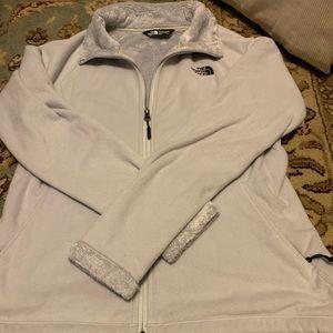 North Face ladies jacket. Sz medium. Used